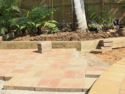 retaining wall contractors perth